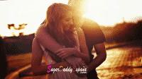 chica y chico abrazado